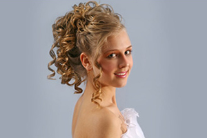 Wedding-Hair-Stylists-and-Salons